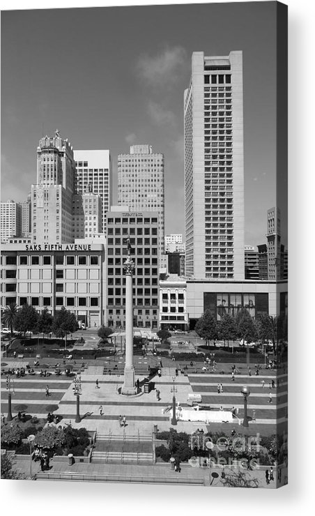 Black And White Acrylic Print featuring the photograph San Francisco - Union Square - 5d17941 - Black And White by Wingsdomain Art and Photography