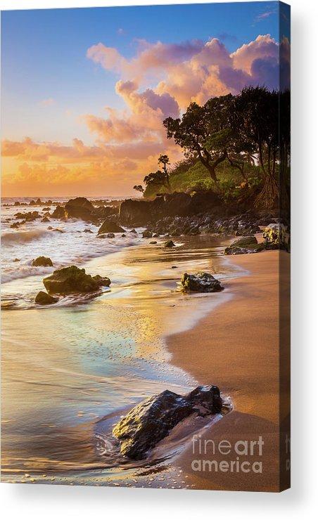 America Acrylic Print featuring the photograph Koki Beach Sunrise by Inge Johnsson