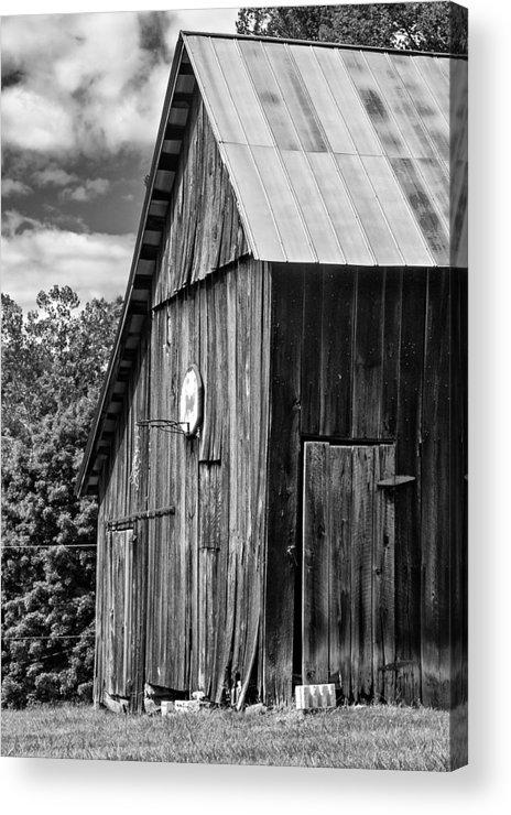 Landscape Acrylic Print featuring the photograph An American Barn Bw by Steve Harrington