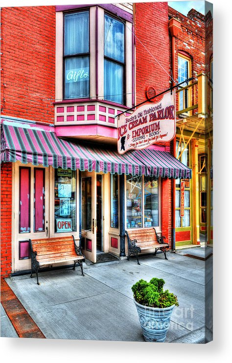 Hannibal Missouri Acrylic Print featuring the photograph Mark Twain's Town 2 by Mel Steinhauer