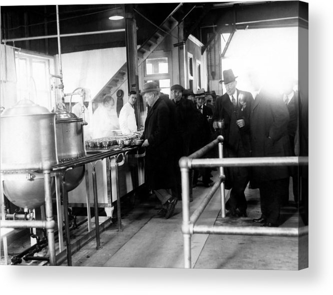 1930s Acrylic Print featuring the photograph Men Wait In Line For Food by Everett