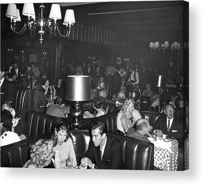 1960 Acrylic Print featuring the photograph Chasen's Hollywood Restaurant by Underwood Archives