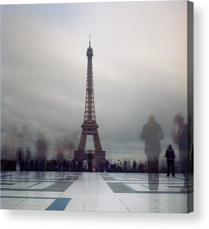 Horizontal Acrylic Print featuring the photograph Eiffel Tower And Crowds by Zeb Andrews