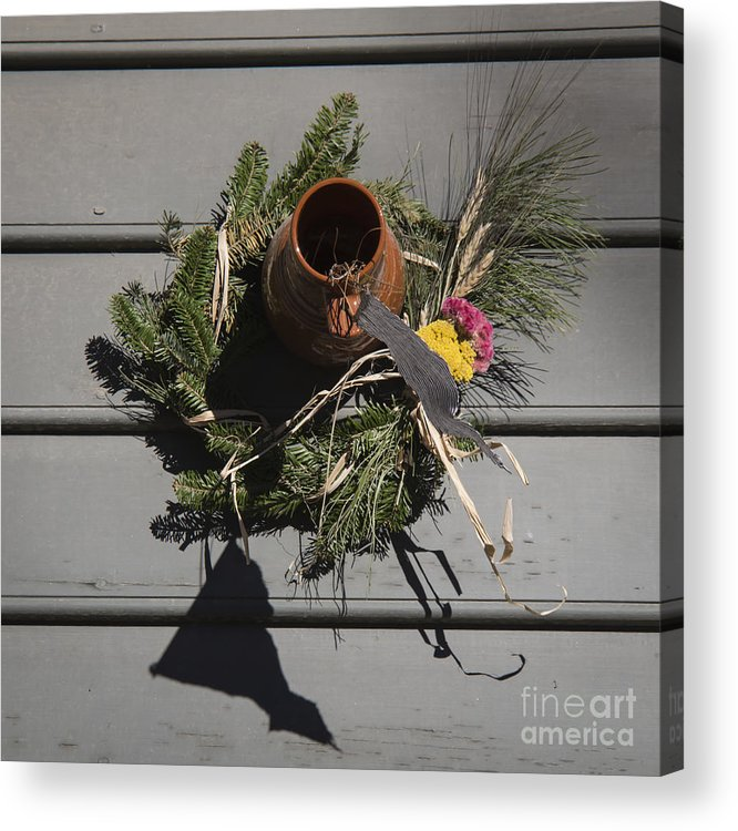 Colonial Acrylic Print featuring the photograph Williamsburg Bird Bottle 2 by Teresa Mucha