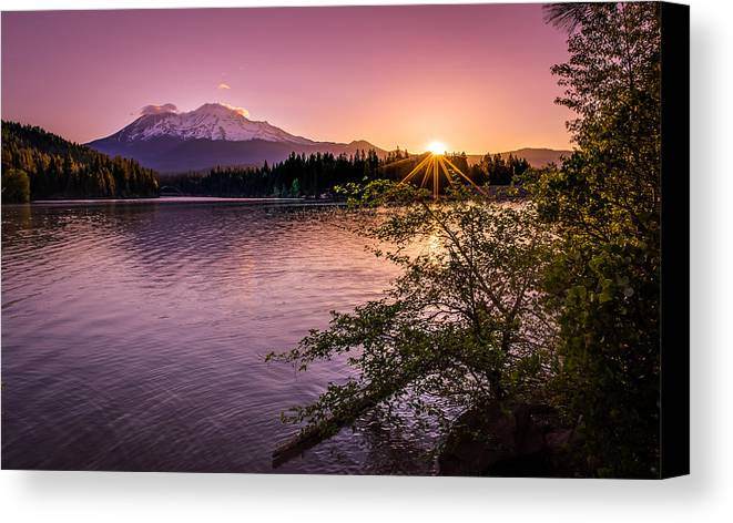 California Canvas Print featuring the photograph Sunrise Over Lake Siskiyou And Mt Shasta by Scott McGuire