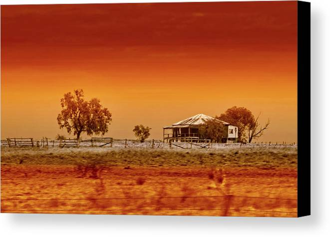 Landscapes Canvas Print featuring the photograph Hazy Days by Holly Kempe