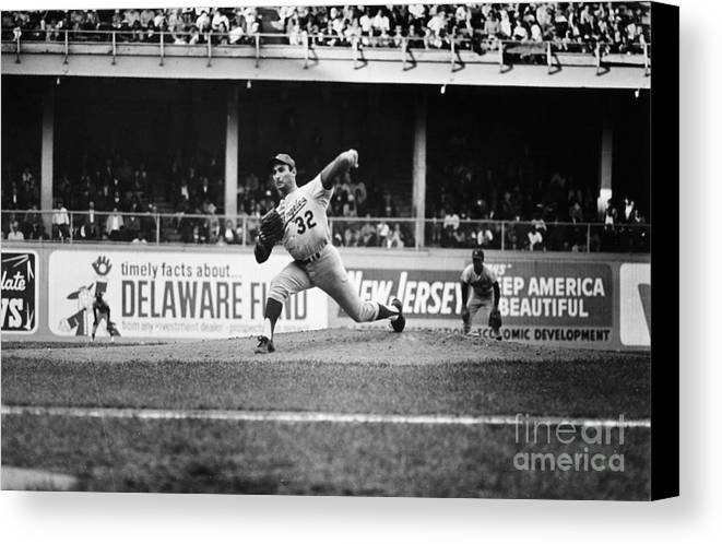 1966 Canvas Print featuring the photograph Sandy Koufax (1935- ) by Granger