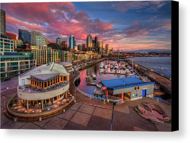 Horizontal Canvas Print featuring the photograph Seattle Waterfront At Sunset by Photo by David R irons Jr