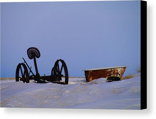Morning Canvas Print featuring the photograph A Bath After Harvest by Jeff Swan