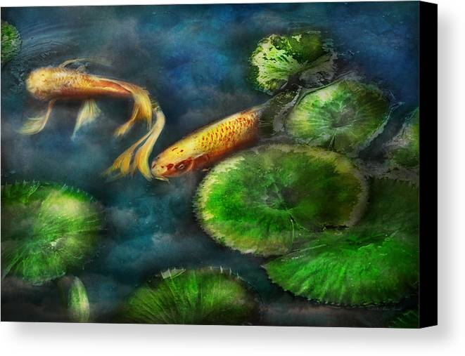 Savad Canvas Print featuring the photograph Animal - Fish - The Shy Fish by Mike Savad
