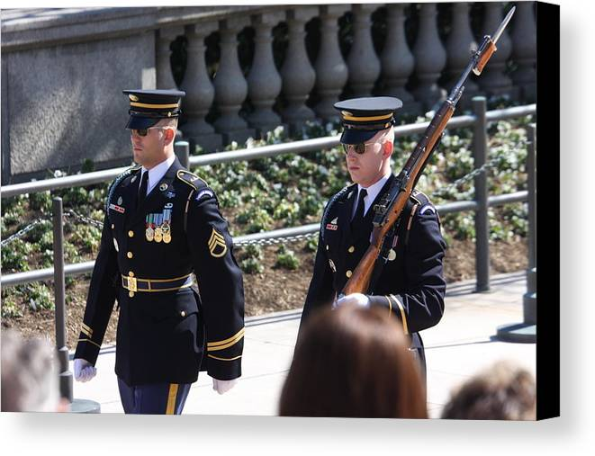 Arlington Canvas Print featuring the photograph Arlington National Cemetery - Tomb Of The Unknown Soldier - 121223 by DC Photographer
