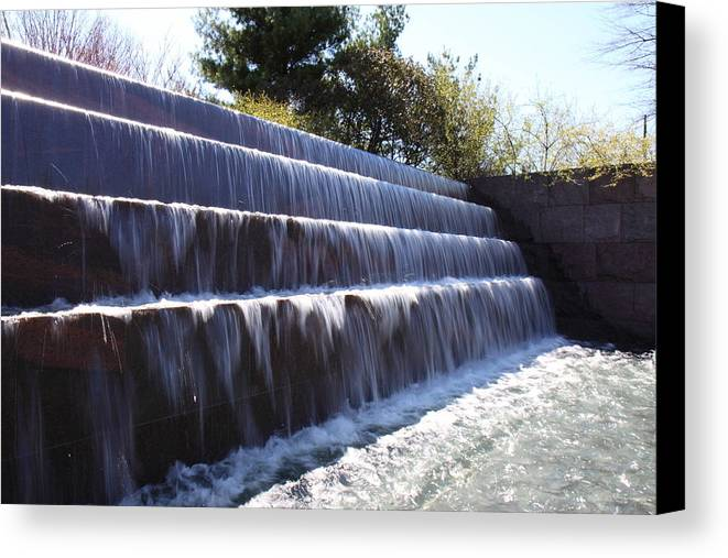 America Canvas Print featuring the photograph Fdr Memorial - Washington Dc - 01132 by DC Photographer