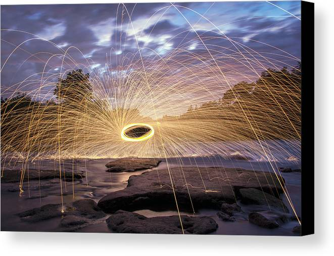 Steel Wool Canvas Print featuring the photograph Halo On The American River by Lee Harland