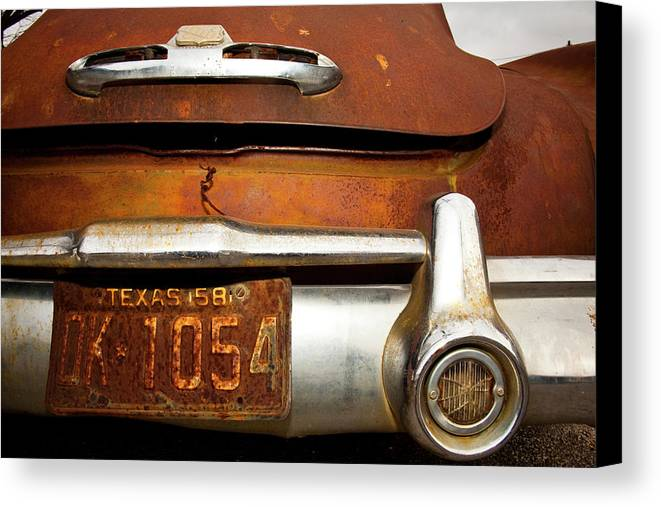 Buick Canvas Print featuring the photograph Old Buick by Mark Weaver