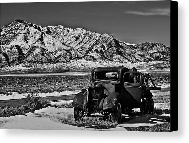 Black And White Canvas Print featuring the photograph Old Truck by Robert Bales