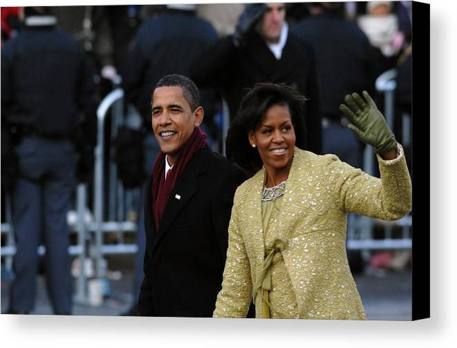 History Canvas Print featuring the photograph President And Michelle Obama Wave by Everett