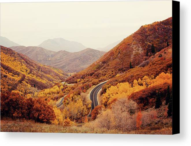 Horizontal Canvas Print featuring the photograph Autumn Colored Trees Along Mountain Road by Www.julia-wade.com