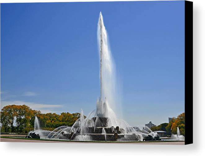 Clarence Canvas Print featuring the photograph Buckingham Fountain - Chicago's Iconic Landmark by Christine Till