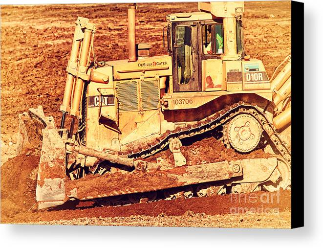 Retro Canvas Print featuring the photograph Cat Bulldozer . 7d10945 by Wingsdomain Art and Photography