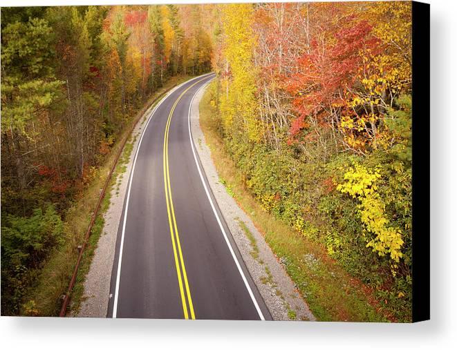 Horizontal Canvas Print featuring the photograph Curvy Road Blue Ridge Parkway, North Carolina by Lightvision, LLC