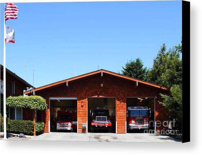 Point Reyes Canvas Print featuring the photograph Marin County Fire Department . Point Reyes California . 7d15919 by Wingsdomain Art and Photography