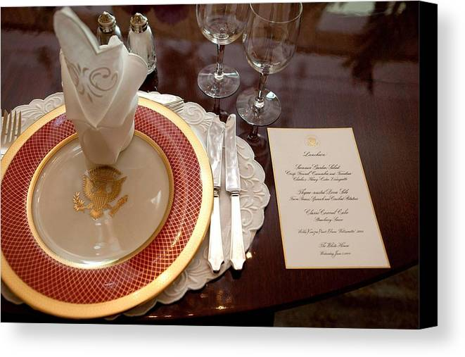 History Canvas Print featuring the photograph Place Setting Of The White House China by Everett
