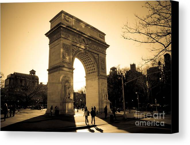 Washington Square Park Canvas Print featuring the photograph Arch Of Washington by Joshua Francia