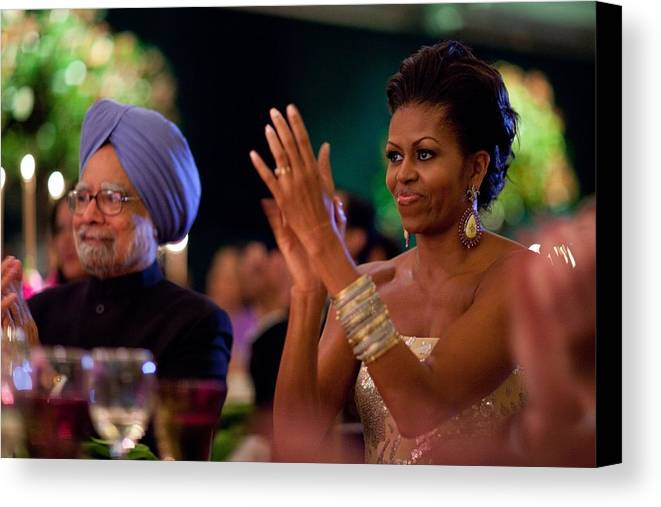 History Canvas Print featuring the photograph Michelle Obama Applauds by Everett