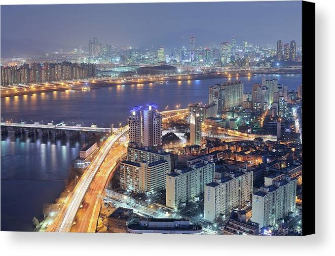 Horizontal Canvas Print featuring the photograph Night View Of Seoul by Tokism