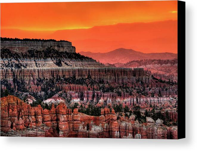 Horizontal Canvas Print featuring the photograph Sunrise At Bryce Canyon by Photography Aubrey Stoll