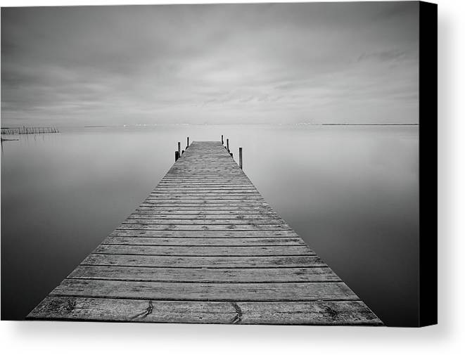 Horizontal Canvas Print featuring the photograph Waiting Rain by Cesar March