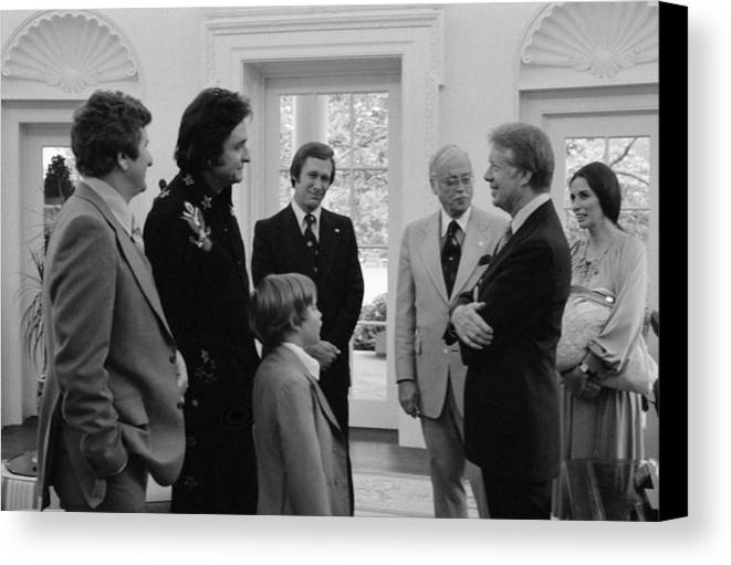 History Canvas Print featuring the photograph Jimmy Carter With Johnny Cash by Everett