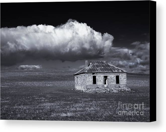 Ruin Canvas Print featuring the photograph Outback Ruin by Mike Dawson