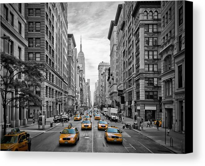 America Canvas Print featuring the photograph 5th Avenue Yellow Cabs - Nyc by Melanie Viola