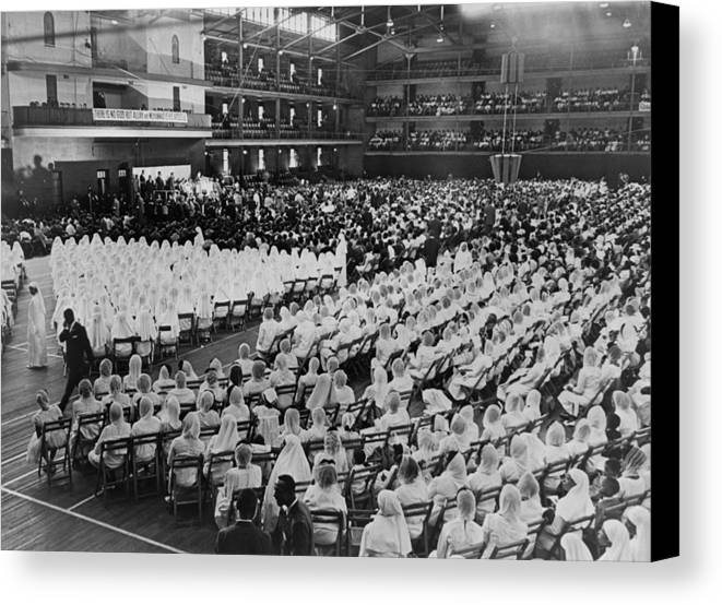 History Canvas Print featuring the photograph Elijah Muhammad Addressing An Assembly by Everett