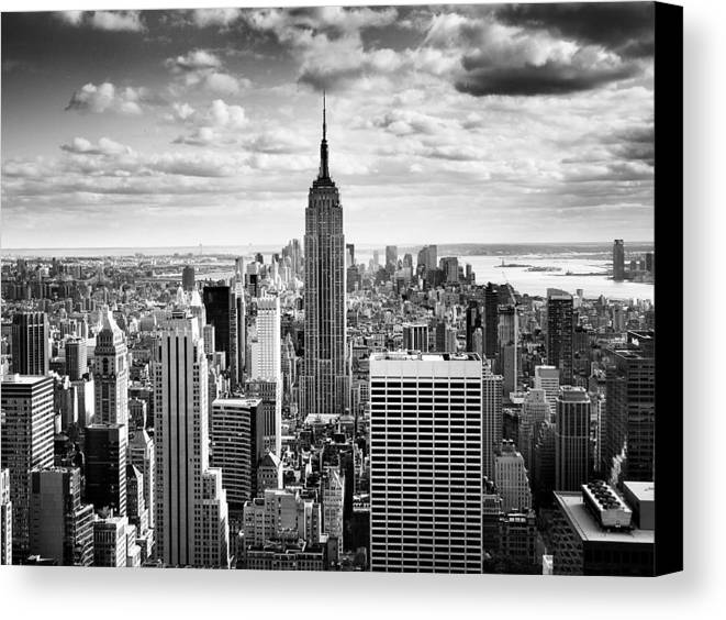 New Canvas Print featuring the photograph Nyc Downtown by Nina Papiorek