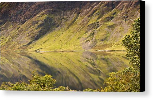 Horizontal Canvas Print featuring the photograph Crummock Water by All my images are taken in the english lakedistrict