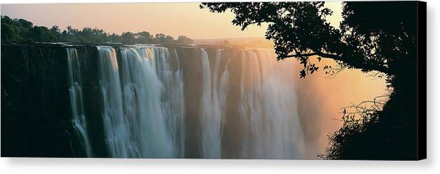 Horizontal Canvas Print featuring the photograph Victoria Falls, Zimbabwe, Africa by Jeremy Woodhouse