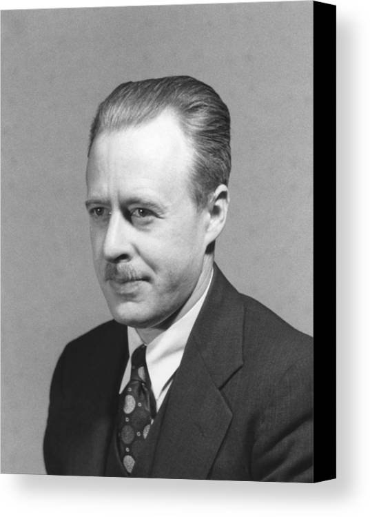 People Canvas Print featuring the photograph Walter Brattain, Us Physicist by Science Photo Library