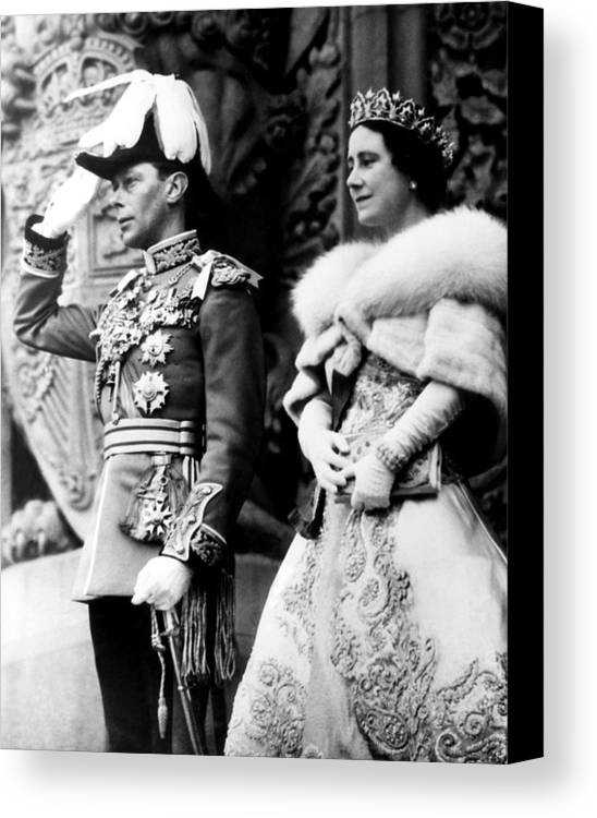 1930s Candid Canvas Print featuring the photograph King George Vi, Queen Elizabeth by Everett