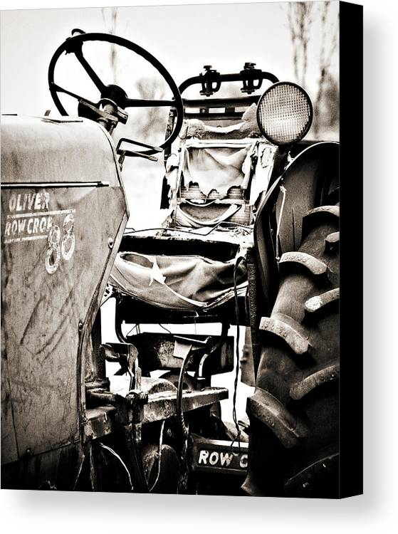 Americana Canvas Print featuring the photograph Beautiful Oliver Row Crop Old Tractor by Marilyn Hunt