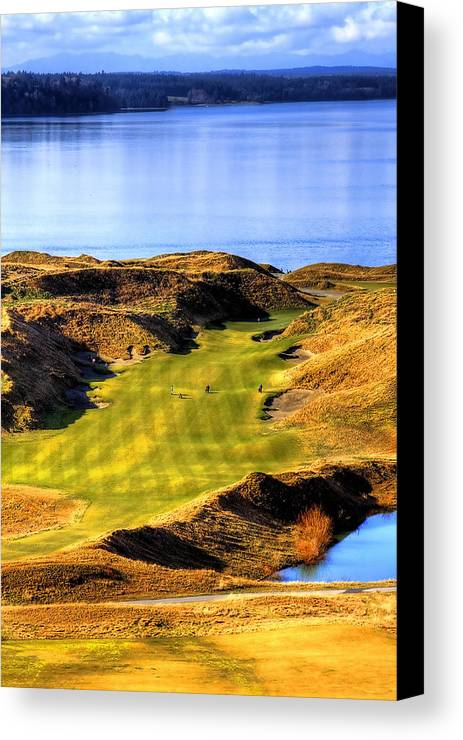 Chambers Bay Golf Course Canvas Print featuring the photograph 10th Hole At Chambers Bay by David Patterson