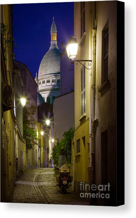 Christianity Canvas Print featuring the photograph Montmartre Street And Sacre Coeur by Inge Johnsson