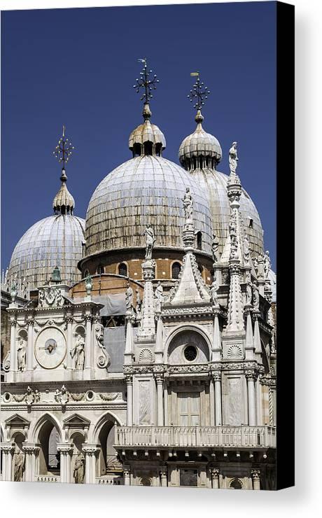 Venice Canvas Print featuring the photograph San Marco Basilica. by Fernando Barozza