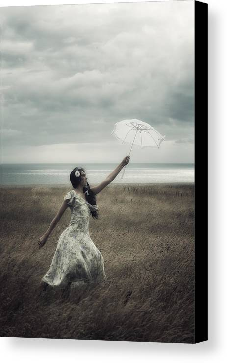 Girl Canvas Print featuring the photograph Windy by Joana Kruse
