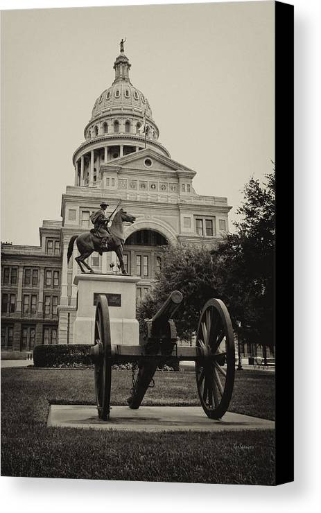 Capitol Of Austin Canvas Print featuring the photograph Austin Capitol by Lisa Spencer