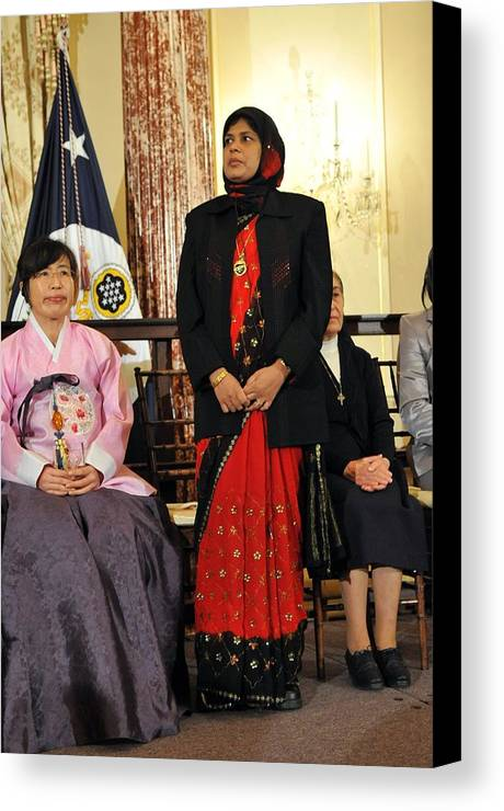 History Canvas Print featuring the photograph Jansila Majeed Lived As An Internally by Everett