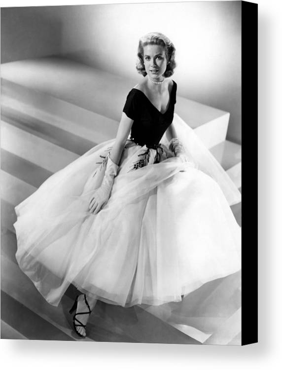 1950s Fashion Canvas Print featuring the photograph Rear Window, Grace Kelly, 1954 by Everett