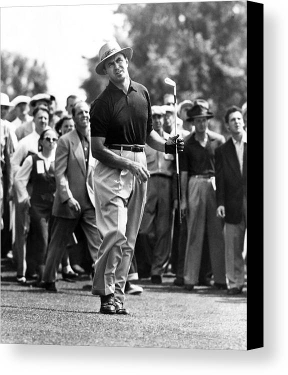 1950s Candids Canvas Print featuring the photograph Sam Snead 1912-2002, American Golfer by Everett