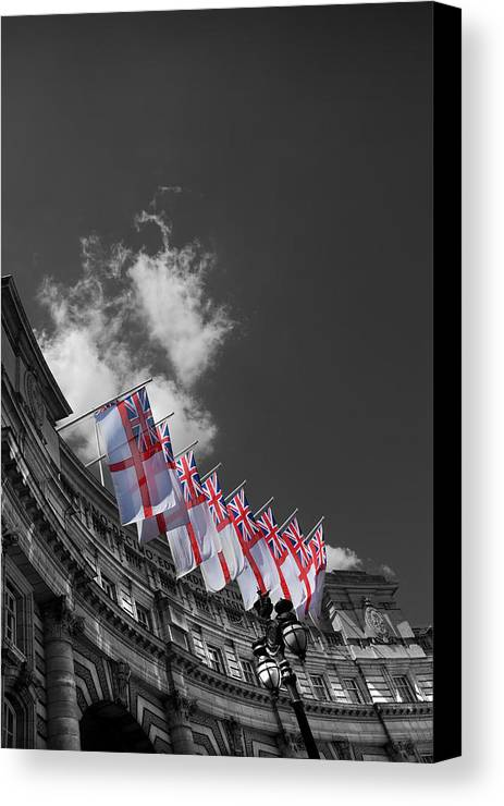 Admiralty Arch Canvas Print featuring the photograph Admiralty Arch London by Mark Rogan